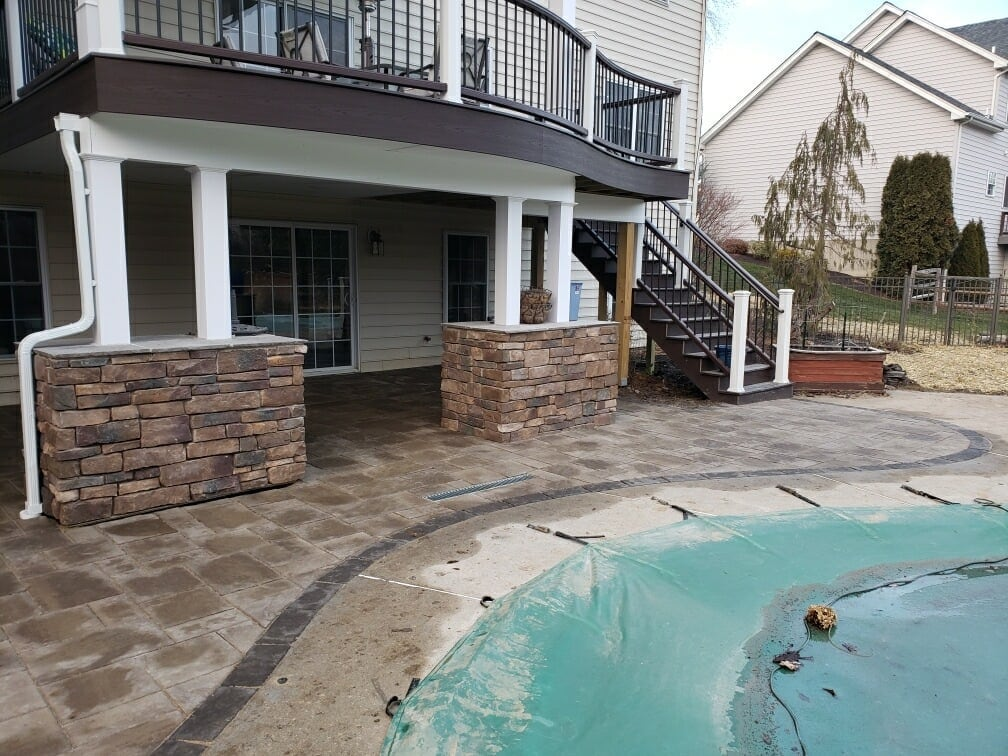 Natural Stone Accent Outside - Reading PA